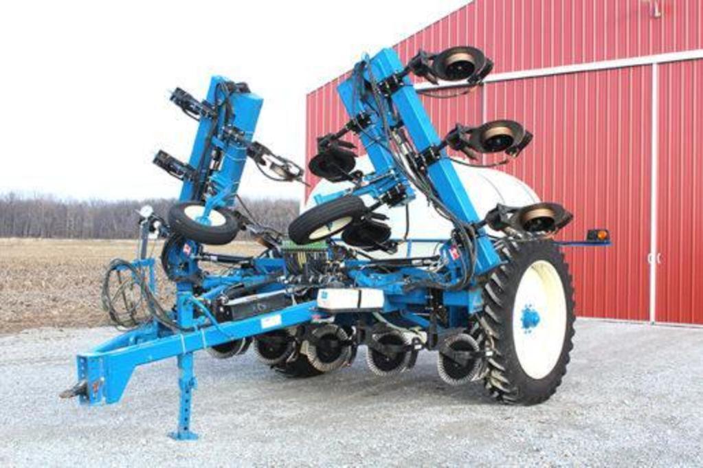 Agri-systems 15-knife liquid fertilizer applicator