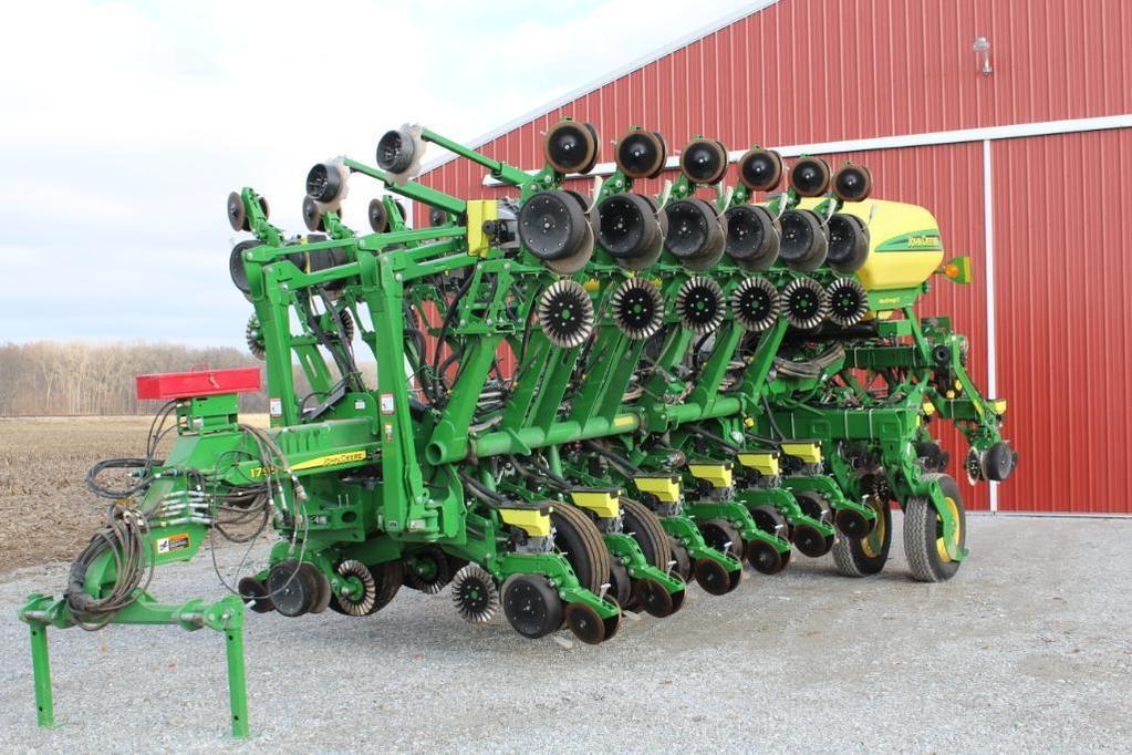 2017 John Deere 1795 CCS 16/32 planter
