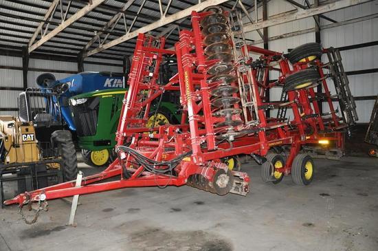 2011 Sunflower 6333 25' soil finisher