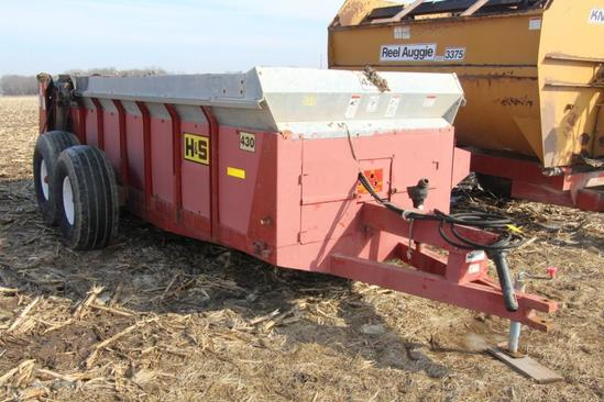 H&S W430 tandem axle manure spreader