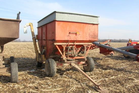 250 bu. Gravity Wagon