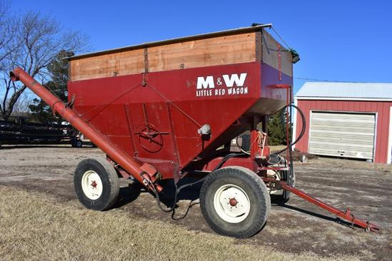 M&W 275 bu. gravity wagon