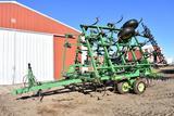John Deere 980 30' field cultivator