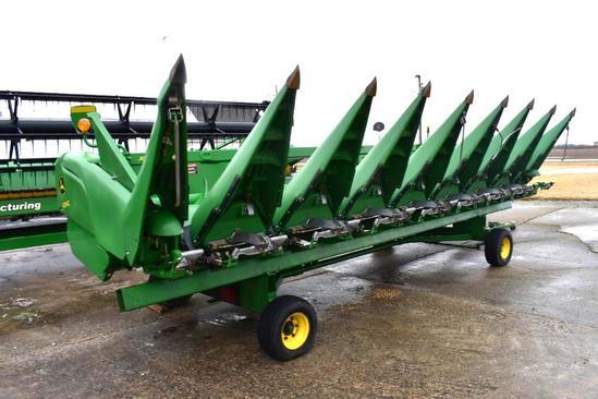 "2013 John Deere 608C 8 row 30"" corn head"