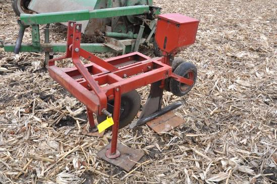 Elston 3-pt. 'Gopher getter' poison applicator