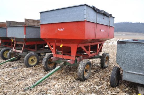 Lindsay galvanized gravity wagon on JD running gear