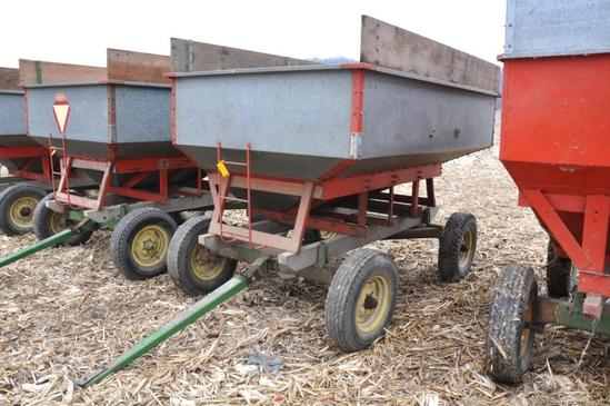 Lindsay galvanized gravity wagon on JD running gear