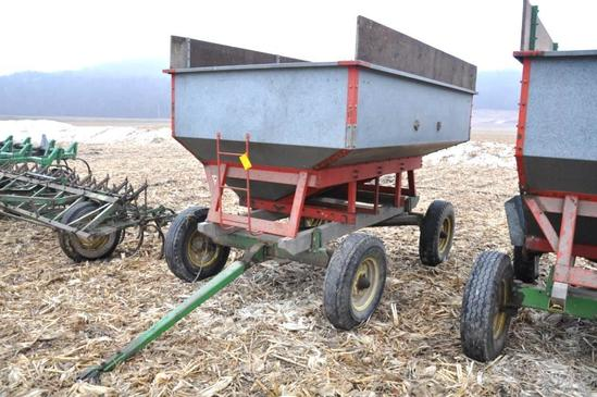 Nu-Bilt gravity wagon on JD running gear