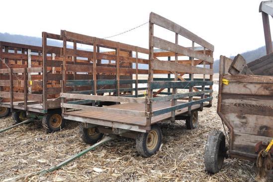 Wooden bale wagon on JD gear