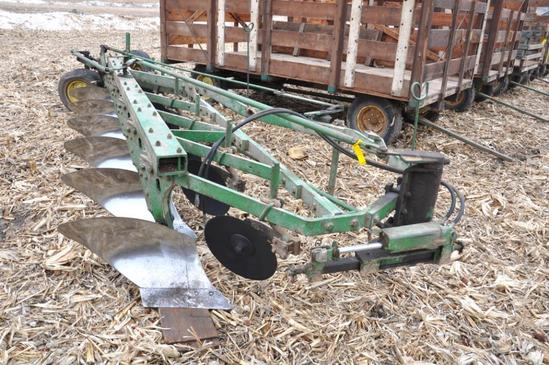 "John Deere 6-bottom 16"" plow"
