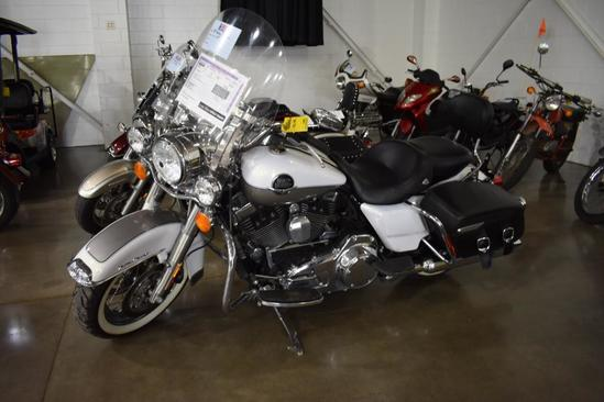 2009 Harley Davidson Road King Classic Motorcycle