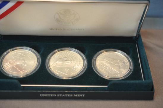 1994 US VETERANS 3-COIN SILVER DOLLAR SET