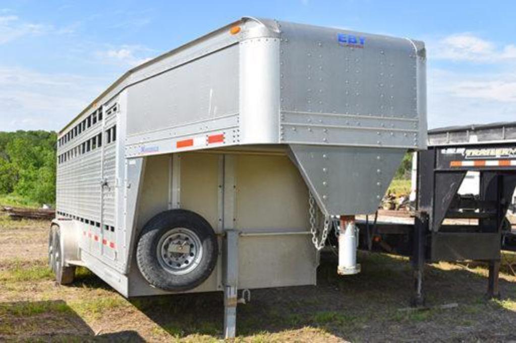2007 Eby 20' x 7' alum. livestock trailer