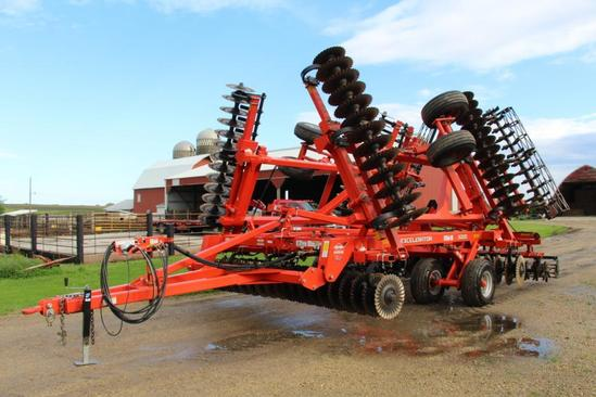 2015 Kuhn Krause 8000-30 Excelerator