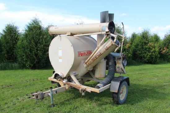 REM 1026 grain vac