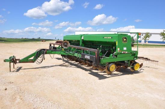 John Deere 750 20' no-till drill