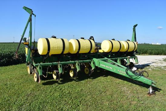 "John Deere 7200 8 row 30"" planter"