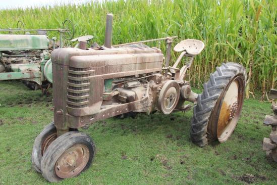 John Deere Styled B tractor