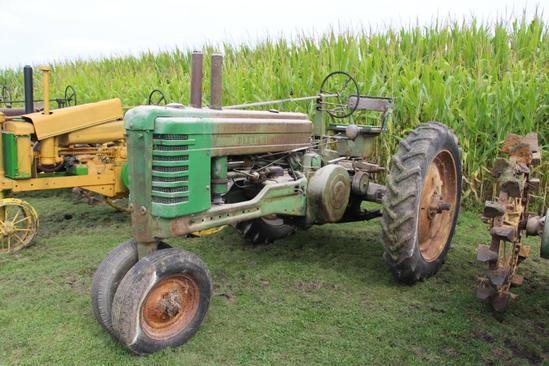 1947 John Deere B tractor