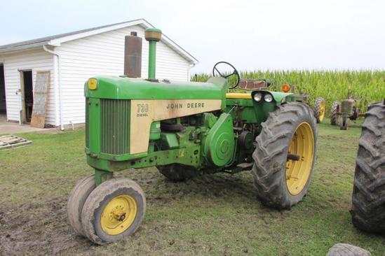 1959 John Deere 730 diesel tractor