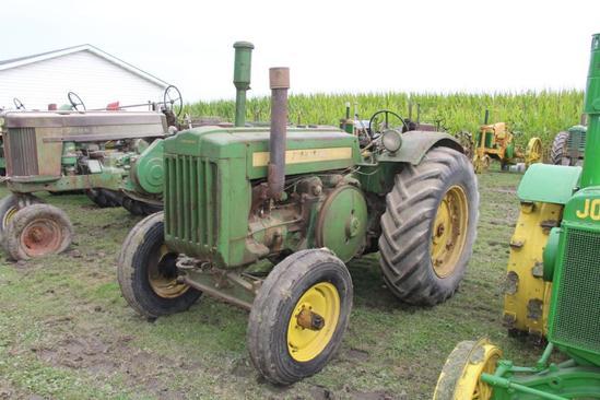 1948 John Deere D tractor