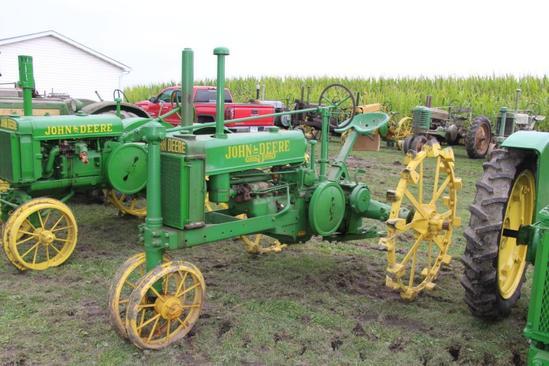 1937 John Deere B tractor