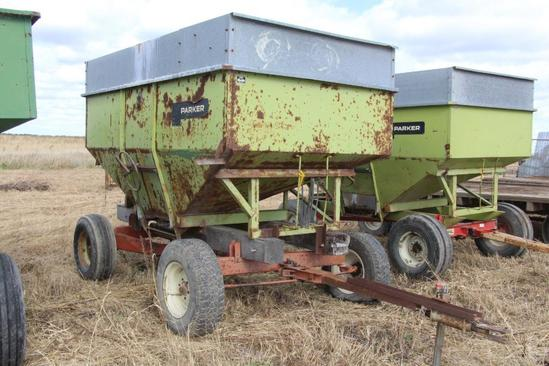 Parker 250 bu. gravity wagon on running gear