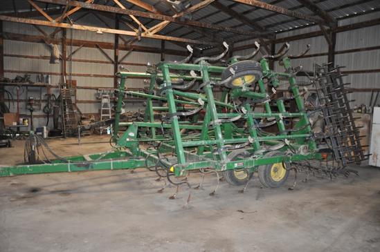 1994 John Deere 980 24' field cultivator