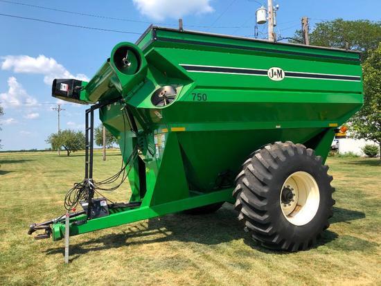 J&M 750 grain cart