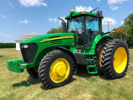 2004 John Deere 7920 MFWD tractor