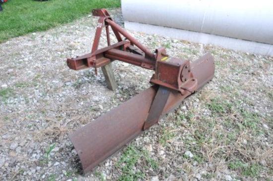 IH Model 30 7' 3-pt. blade