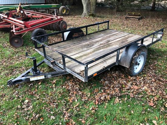 Flatbed tilt-deck trailer