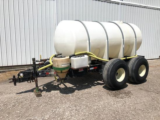 2009 Behnke 1,700 gal. liquid tender trailer