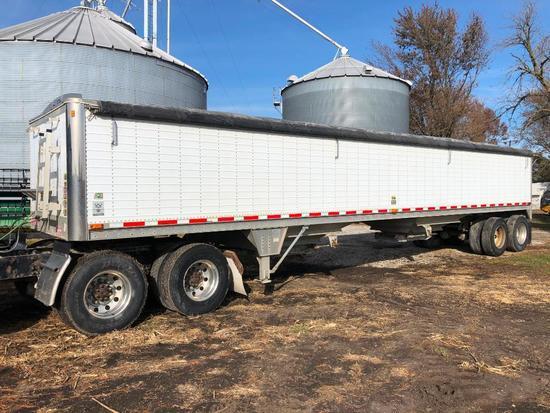 2000 Wilson DWH-400 41' aluminum hopper bottom trailer