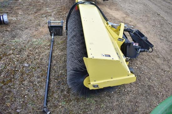 "John Deere 60"" HD broom"