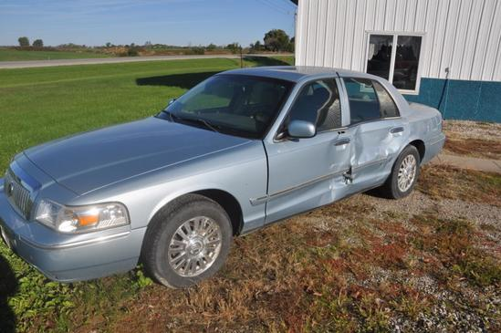 2006 Mercury Grand Marquis 4 door sedan