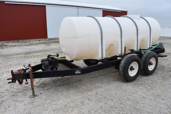 1,000 gal. liquid tender trailer