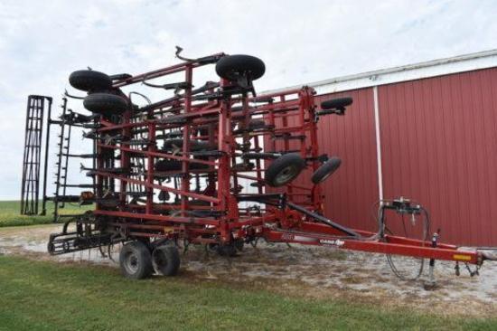 Case IH 200 Tiger-Mate 44 1/2' field cultivator