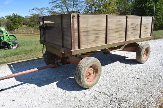 12' wooden barge wagon on running gear with hoist