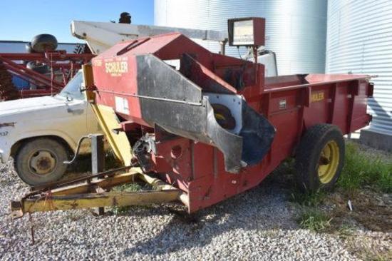 Schuler 175BF feed wagon