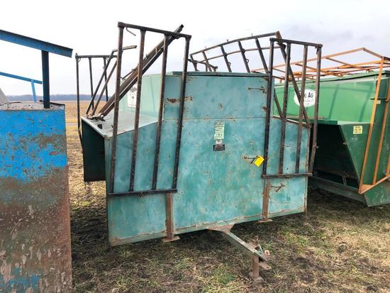 Phoenix Agri Products portable creep feeder