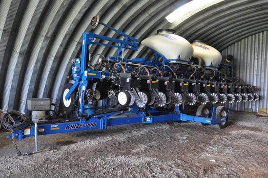 '12 Kinze 3600 ASD 12/24 planter
