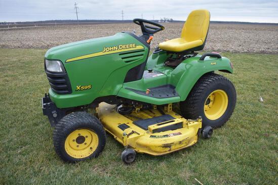 2003 John Deere X595 lawn mower