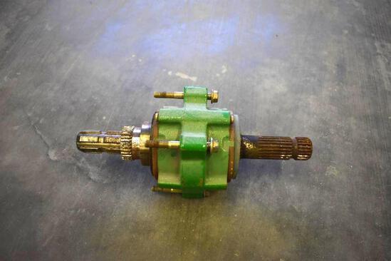 John Deere 540/1000 PTO adapter