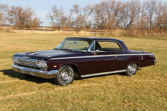 1962 Chevrolet Impala, 2-door HT