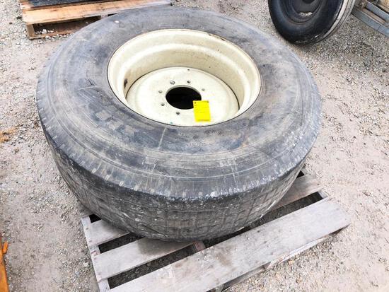 425/60R225 truck tire on rim