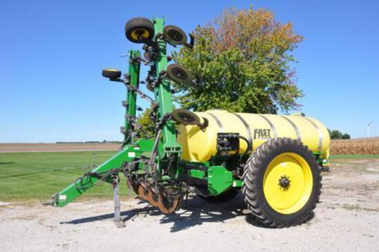 Fast 8100 17-knife liquid fertilizer applicator