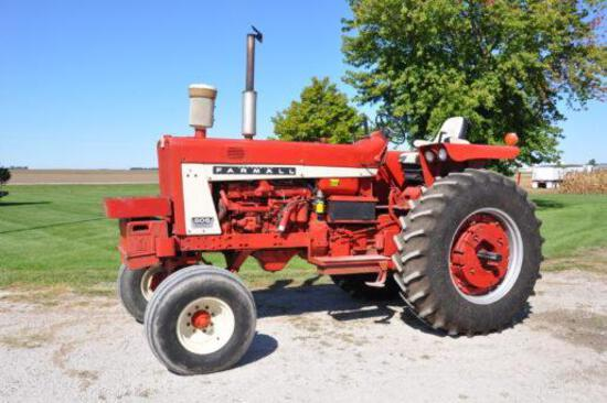 1966 IH 806 2wd tractor