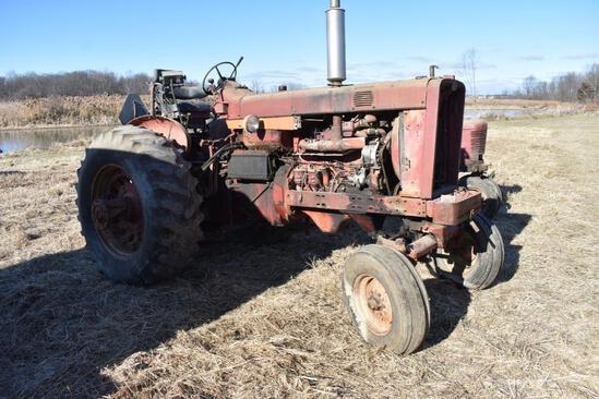 1964 Farmall 806 2wd tractor