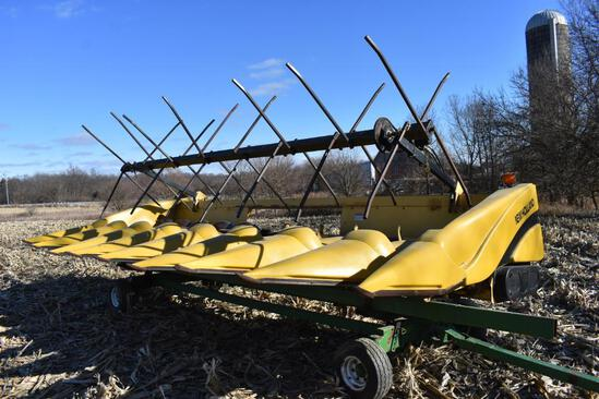 "1999 New Holland 996 8 row 30"" corn head"